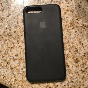 Used 7 plus Apple silicon case